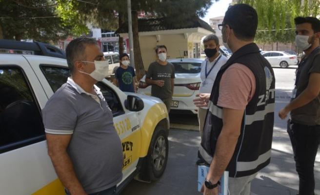 Urfa'nın ilçesinde koronavirüs denetimleri sürüyor