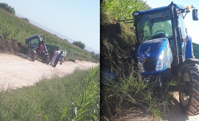 Urfa'da traktör devrildi: Sürücü yaralandı