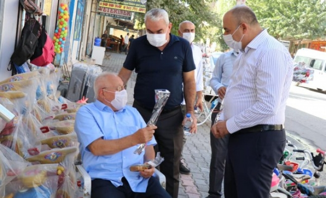 Bozova'da Ahilik Haftasında esnaf unutulmadı