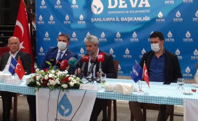 DEVA Partisi Urfa İlçe Başkanlarına yetki belgesi verdi