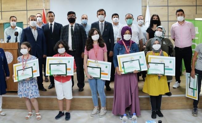 Öğrencilerin katıldığı yarışmada ödüller verildi