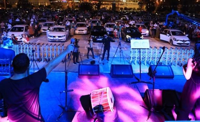 Şanlıurfa'da bir ilk daha! Açık Hava Otomobil Konseri