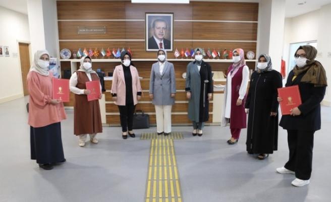 AK Parti Şanlıurfa kadın kollarında yeni isimler!