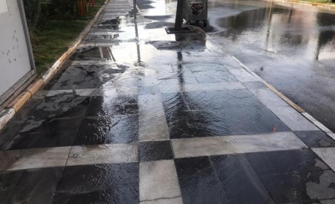 Şanlıurfa'da su borusu patladı!