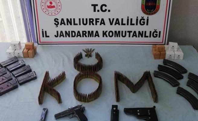 Viranşehir'de 2 adres arandı: Gözaltılar var!