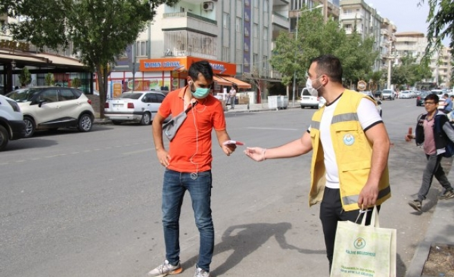 Haliliye'de Cumhuriyet Bayramı unutulmadı: Hediye verildi
