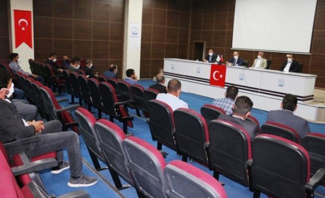 Akçakale'de meclis toplantısı yapıldı