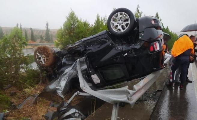 Şanlıurfa-Diyarbakır yolunda kaza: Yaralılar var