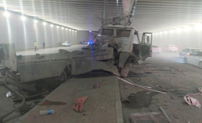 Şanlıurfa'da feci kaza: Kamyon köprüden uçtu-EK