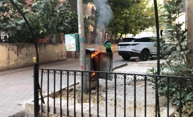 Bahçelievler'de elektrik panosu yandı