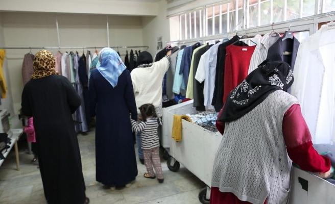 Urfa'da yardımlaşmaya açılan kapı... 80 bin aile faydalandı