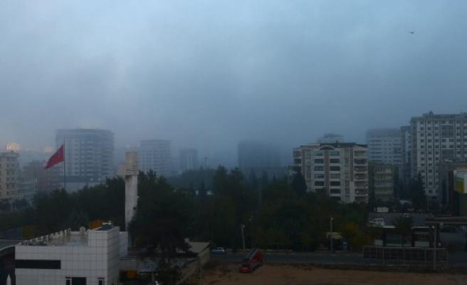 Şanlıurfa'da sis etkili oluyor