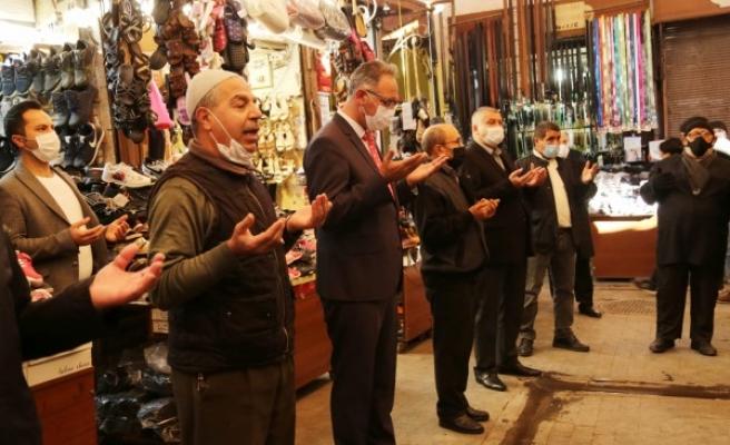 Mehmet Kuş esnaf ve vatandaşlarla buluştu