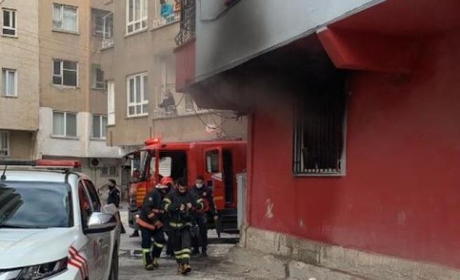 Şanlıurfa'da korkutan yangın: Maddi hasar meydana geldi