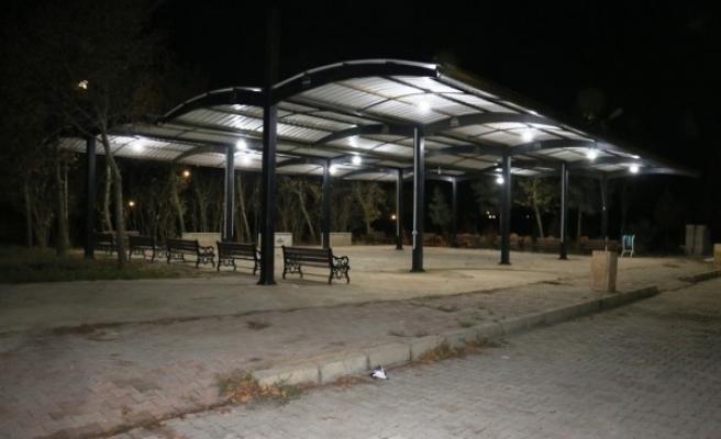 Urfa'nın ilçesinde mezarlıklarda düzenleme yapıldı