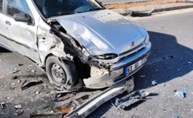 Şanlıurfa'da kaza: Polis ve sivil jandarma çarpıştı