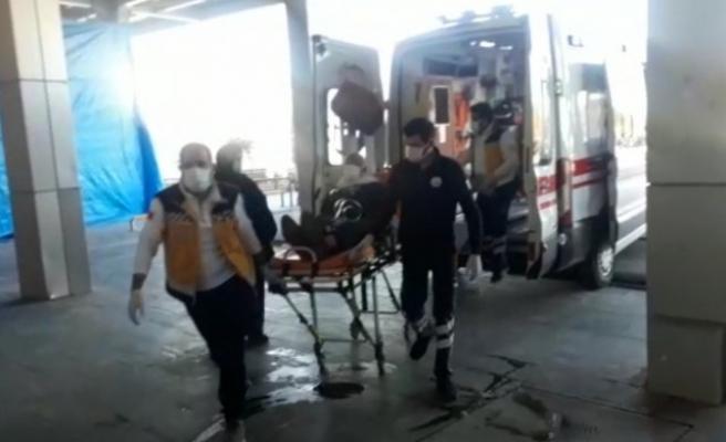 Akçakale'deki hastalar Eyyübiye'ye sevk edildi