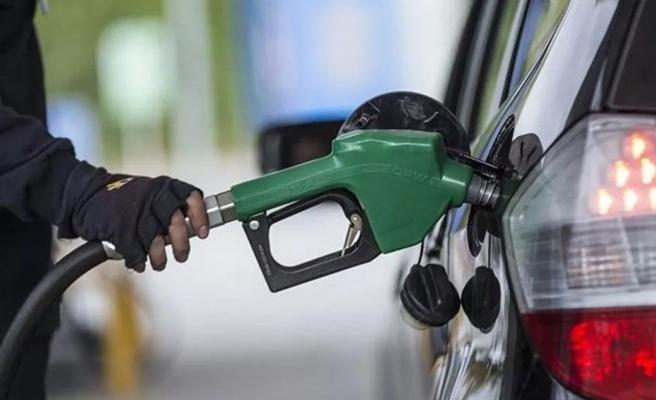 Benzin fiyatlarında indirim yapıldı