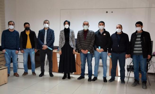 Ayşe Çakmak gazetecilerin gününü kutladı
