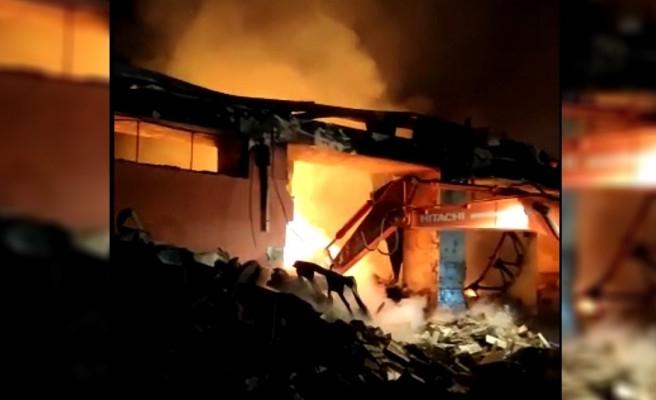 Şanlıurfa'da depodaki yangında son durum!