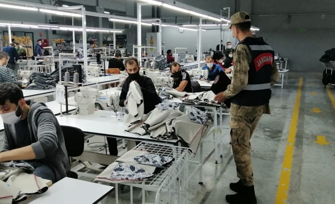 Urfa'daki fabrikalarda pandemi denetimi yapıldı