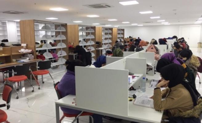 Haliliye'de hasret bitiyor! Öğrenciler kütüphaneye kavuşuyor