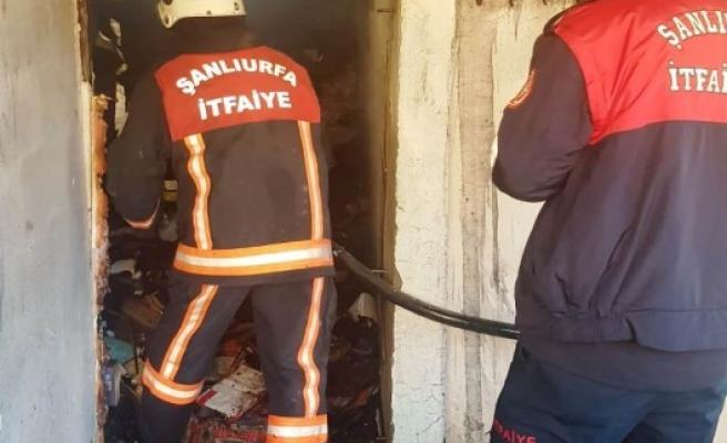 Viranşehir'de ev yangını