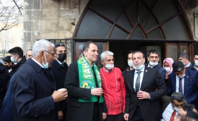 Yeniden Refah Partisi Genel Başkanı Erbakan'ın Urfa teması