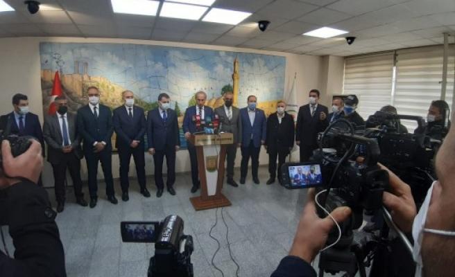 Belediye Başkanlarından Beyazgül için ortak basın açıklaması