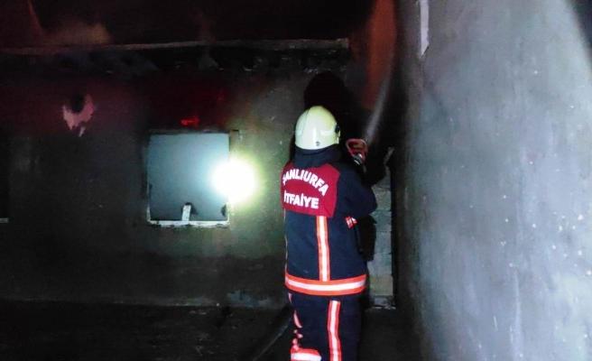 Şanlıurfa'daki ev yangınını itfaiye söndürdü