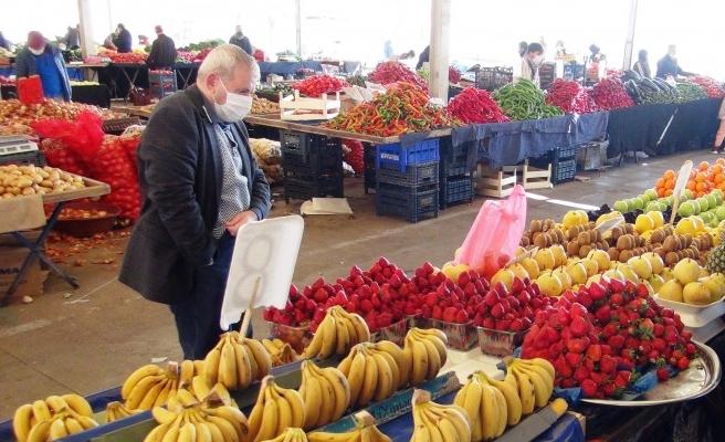 Şanlıurfa'da pazarlarda durgunluk yaşanıyor
