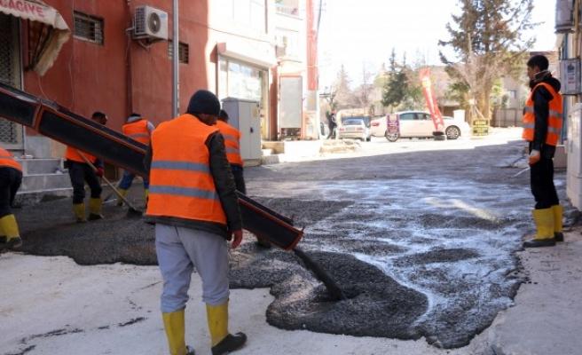Siverek'te boş kalan cadde ve sokaklarda iyileştirme çalışmaları yapıldı