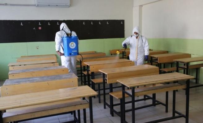 Haliliye'de okullar dezenfekte edildi