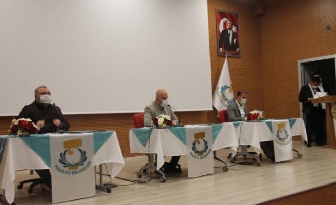 Haliliye Belediyesi Meclisi'nde komisyon kararları havale edildi