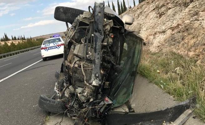 Şanlıurfa'da trafik kazası: 1 ölü, 6 yaralı (EK)