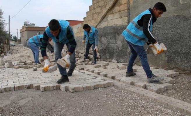 Haliliye Belediyesi'nden 3 mahallede üst yapı çalışması