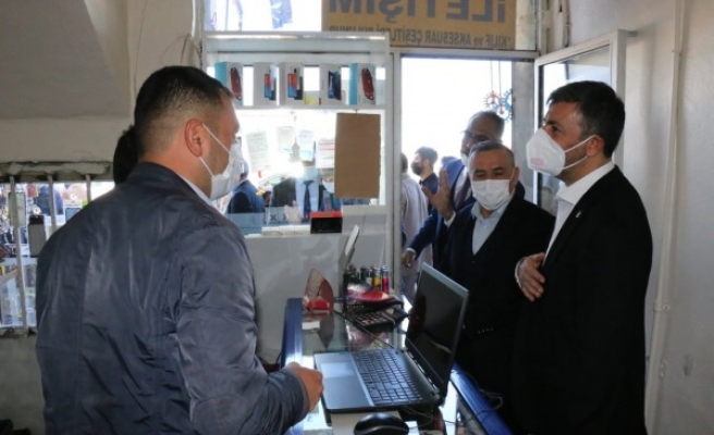 AK Parti İl Teşkilatı esnafı ziyaret etti