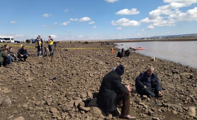 Siverek'te gölette kaybolan 2 kişi aranıyor
