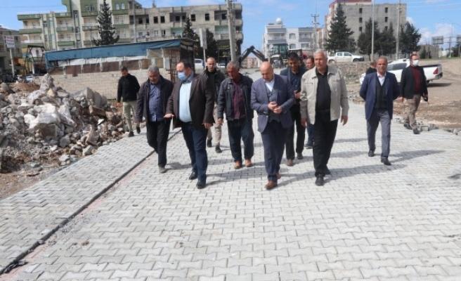 Viranşehir'de yol yapım çalışmaları devam ediyor