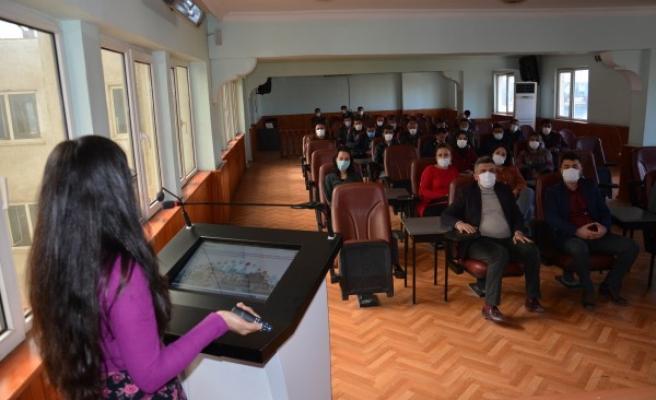 Belediye personellerine 'afet bilinci' eğitim semineri verildi