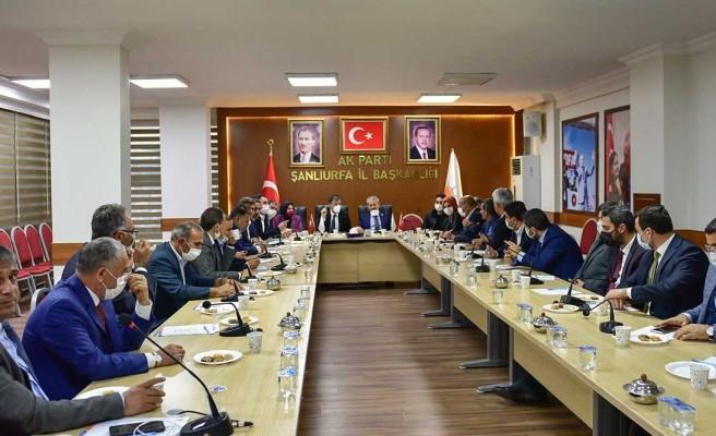 Çakmak'tan  AK Parti'ye ziyaret
