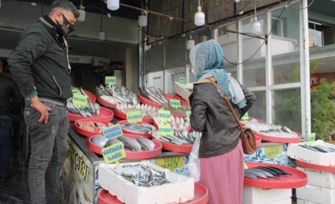 Şanlıurfa'da balık fiyatları cep yakıyor