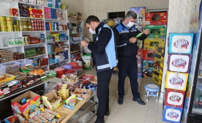 Haliliye'de okul çevrelerindeki marketler denetlendi