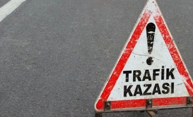 Birecik'te trafik kazası:1 ölü, 2 yaralı