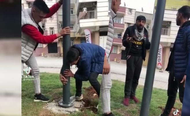 Urfa'da Tiktok kullanıcıları kamu malına zarar verdi