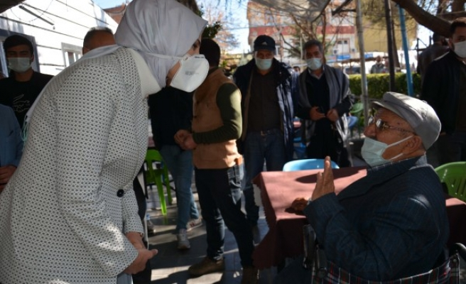 Çakmak, esnaf ve vatandaşları ziyaret etti