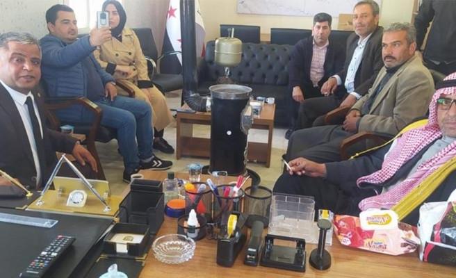 Ayhan, arazileri gasp edilen Türkmenlerle bir araya geldi