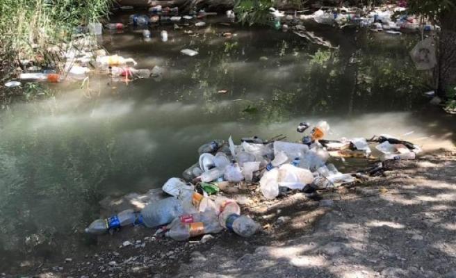 Bozova Çatak'taki mesire alanları, çöp içinde kaldı (-EK)