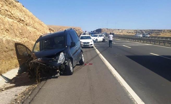 Şanlıurfa'da zincirleme kaza: 11 yaralı (-EK)