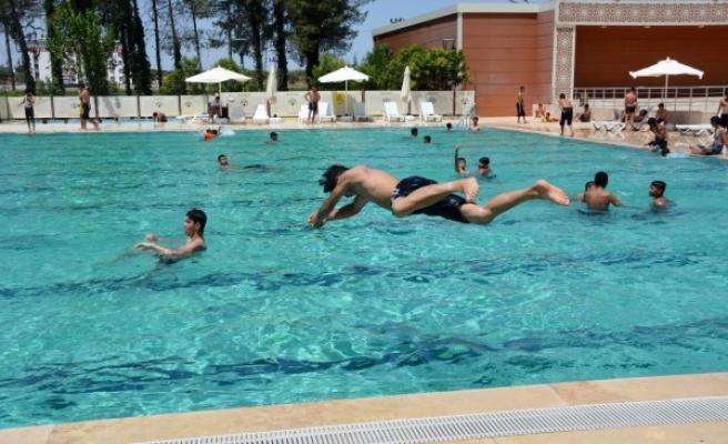 Siverek Olimpik Yüzme Havuzu hizmete açıldı